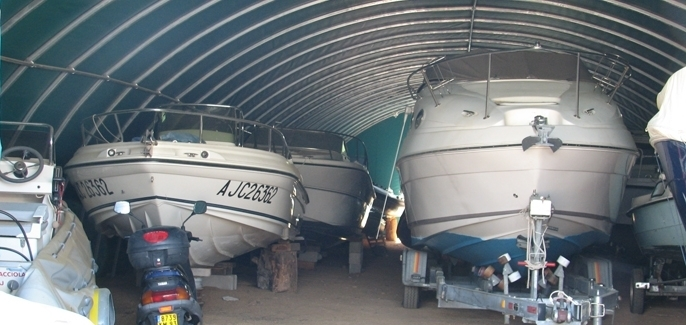 Other trades : Winter storage of caravans and boats